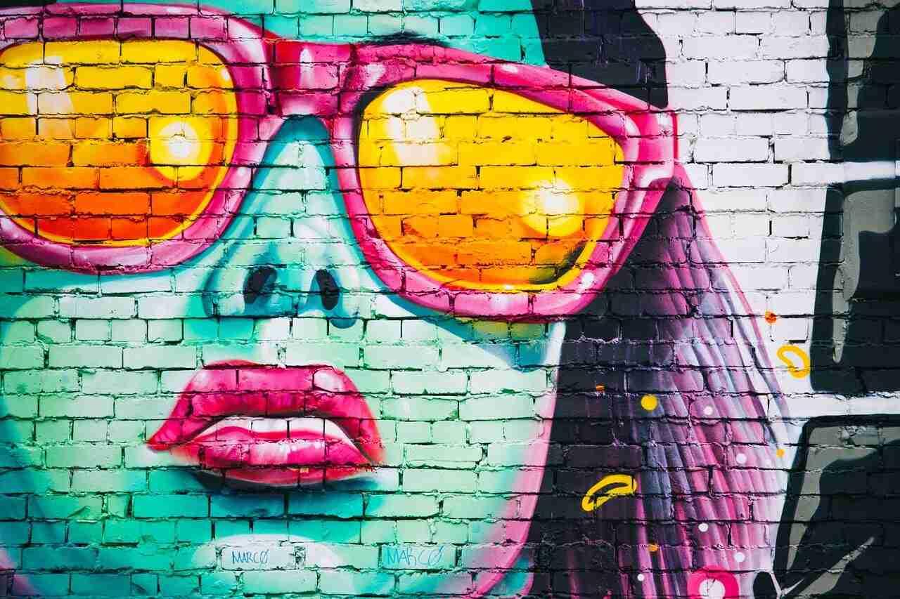 graffiti-wall-1209761_1280-min